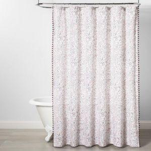 OPALHOUSE Paisley Lace Trim Shower Curtain Pink